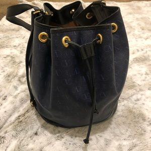 🌟Valentino Convertible Bucket bag🌟